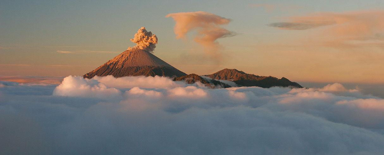 Aktivní vulkán Bromo, Jáva, Indonésie